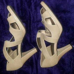 Life stride Suede like beige sandals